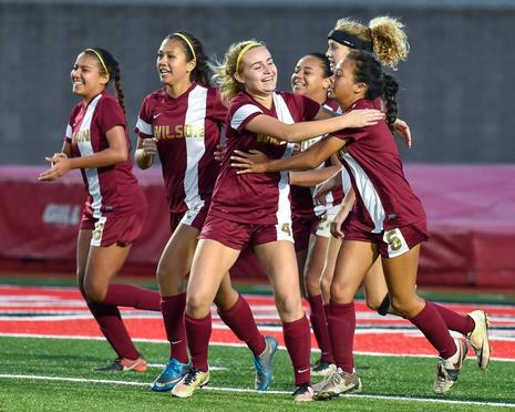 Teammates Celebrates Abby Ross Equalizing Goal @ Poly